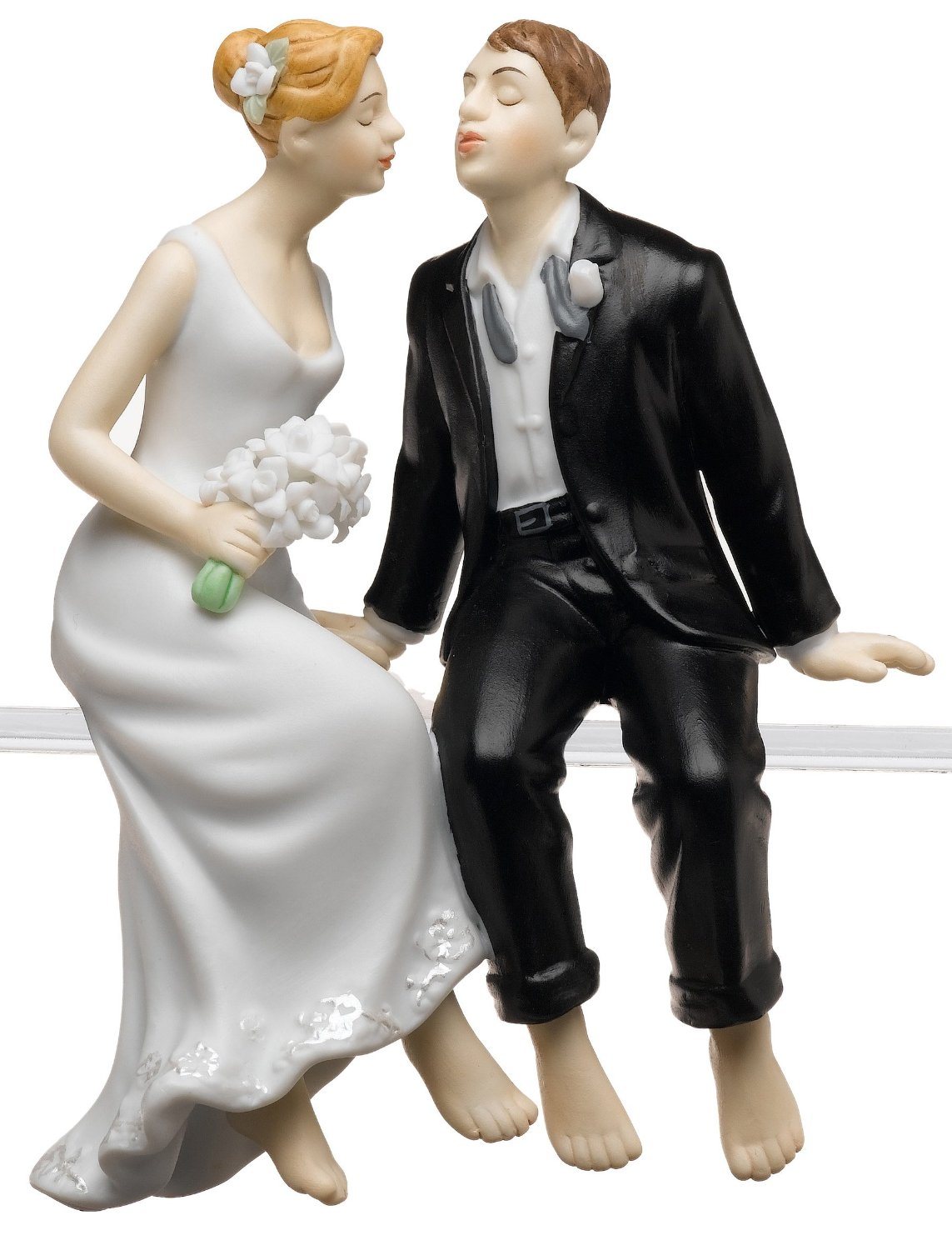 Leaning in for a kiss beach cake topper
