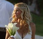 Erinn Bartlett Beach Wedding Hairstyle