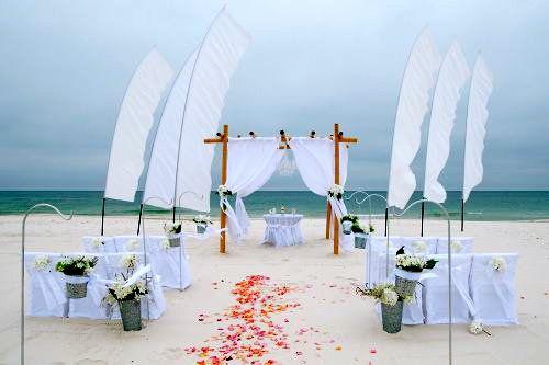 Amazing Beach Wedding Decoration Ideas: Beach Wedding Ceremony Decorations