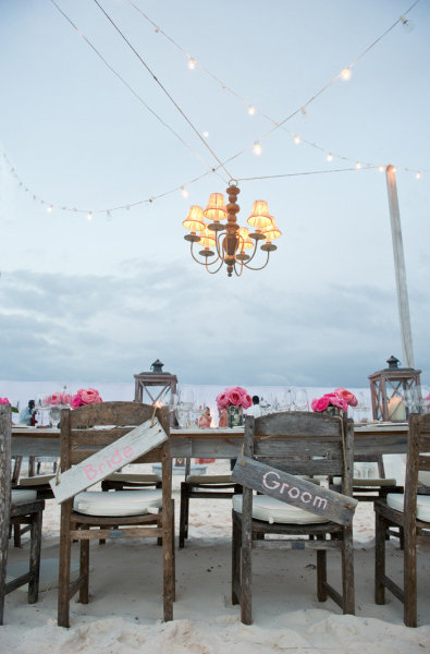 Lighting for Romantic Beach Wedding Decor