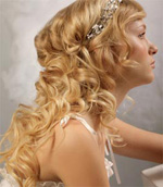mermaid beach wedding hairstyle